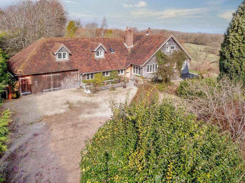 5 Bedrooms Detached House for sale in Crays Lane, Thakeham, Pulborough, West Sussex