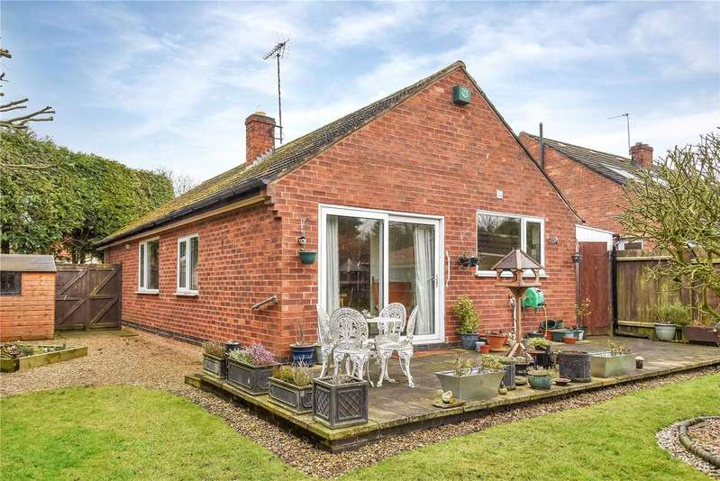 3 Bedrooms Bungalow for sale in Woodlands Close, Wymeswold, Loughborough