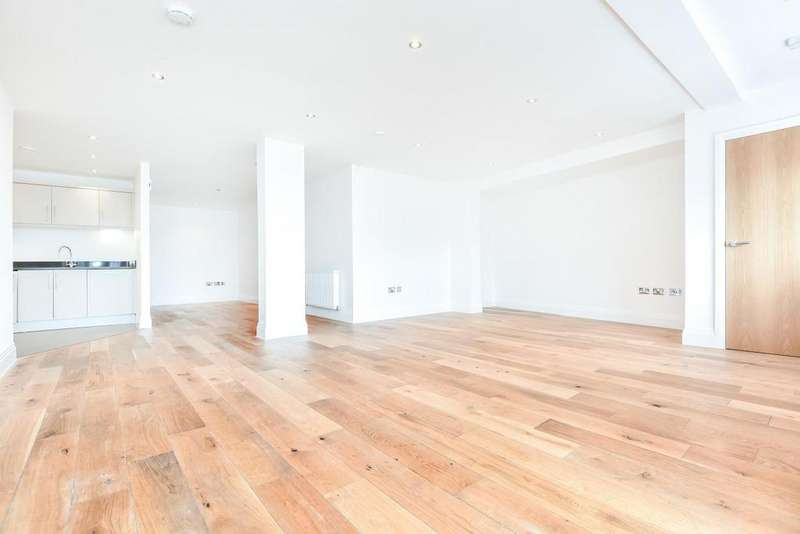 2 Bedrooms Flat for sale in Bird in Hand Passage, Forest Hill