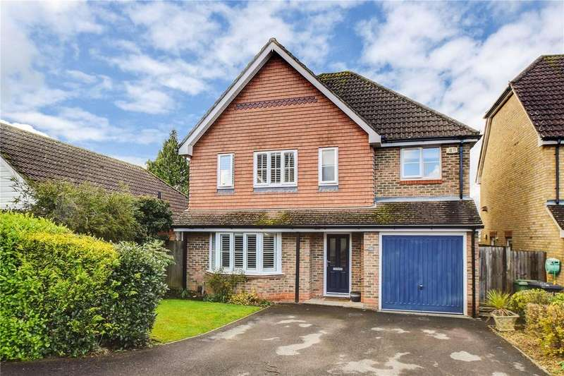 4 Bedrooms Detached House for sale in Old School Road, Liss, Hampshire