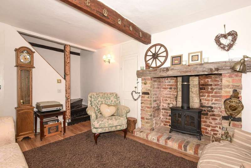 3 Bedrooms Town House for sale in High Street, Aylesford
