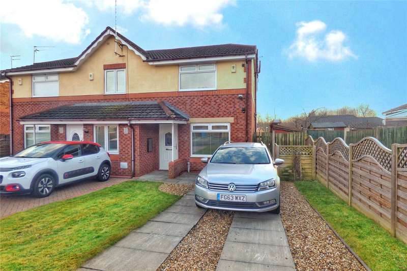 3 Bedrooms End Of Terrace House for sale in April Close, Oldham, Greater Manchester, OL8