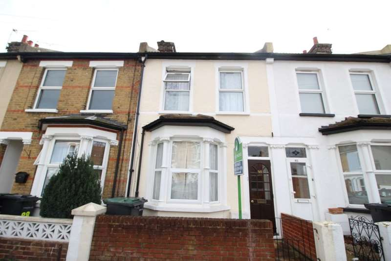 3 Bedrooms Property for sale in Lynton Road South, Gravesend, DA11