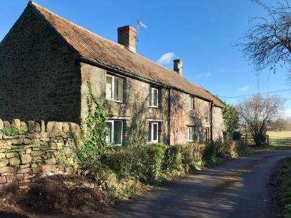 4 Bedrooms Detached House for sale in Church Lane, Portbury, Bristol