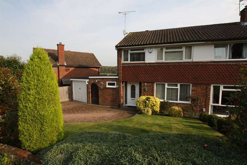 3 Bedrooms Semi Detached House for sale in Poles Hill, Chesham, Buckinghamshire, HP5 2QR