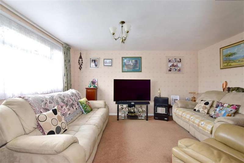 3 Bedrooms End Of Terrace House for sale in Severn Close, Tonbridge, Kent