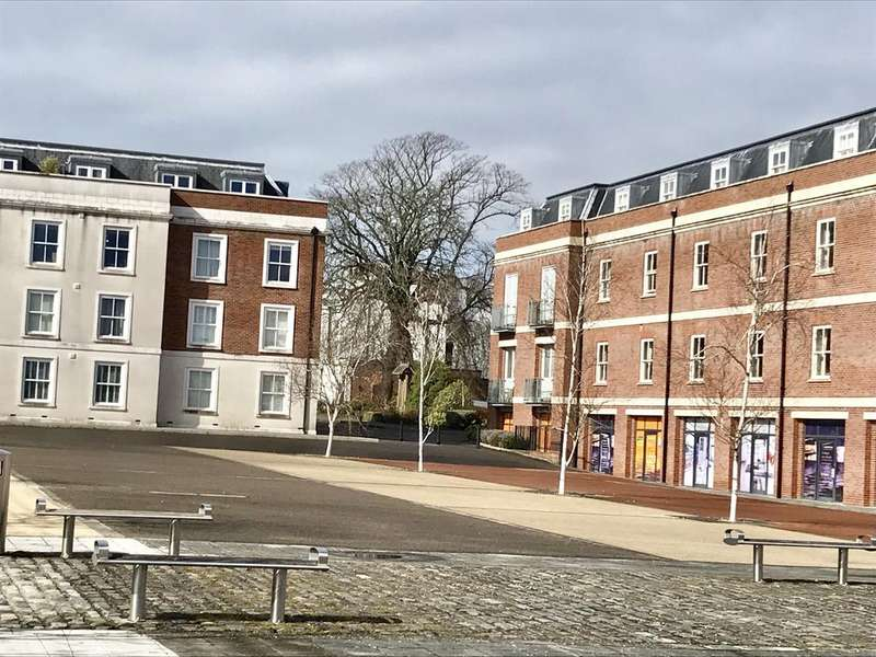 2 Bedrooms Apartment Flat for sale in Salt Meat Lane, Clarence Marina, Gosport PO12