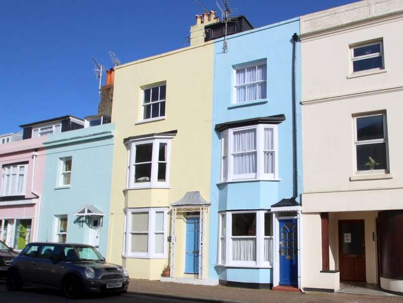 3 Bedrooms Terraced House for sale in Norfolk Road, Littlehampton