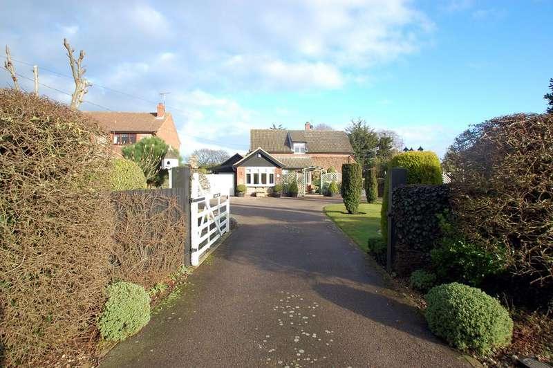 4 Bedrooms Detached House for sale in Mundesley Road, Knapton