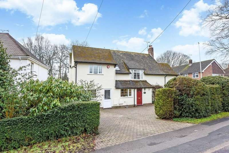 5 Bedrooms Detached House for sale in Durford Road, Petersfield