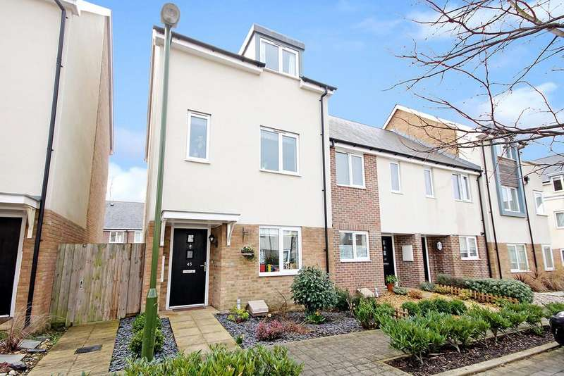 4 Bedrooms End Of Terrace House for sale in Rainbow Square, Shoreham-by-Sea, West Sussex BN43 6AX