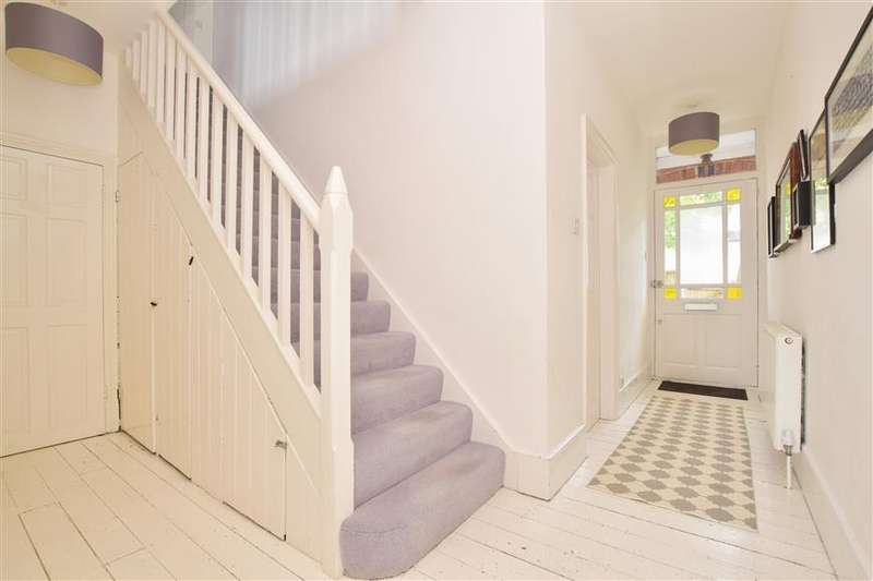 4 Bedrooms Semi Detached House for sale in St. Johns Road, Redhill, Surrey