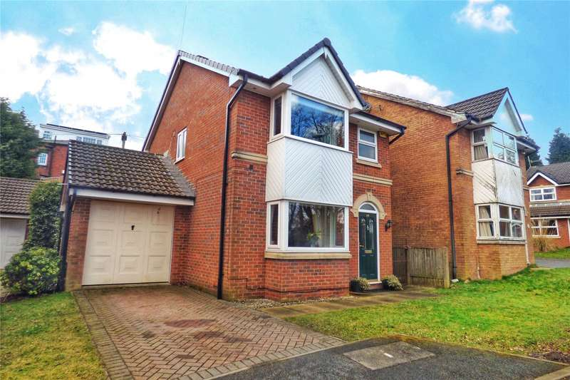 3 Bedrooms Detached House for sale in Glenfield Close, Clarksfield, Oldham, Greater Manchester, OL4