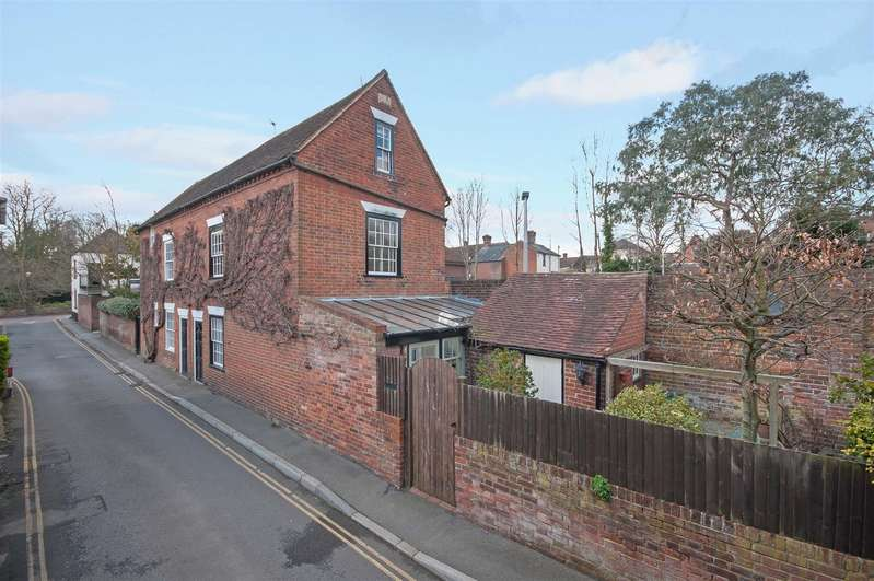 3 Bedrooms Semi Detached House for sale in Police Station Road, West Malling