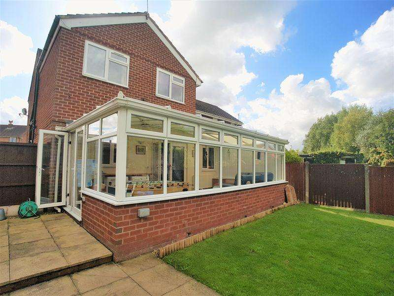 4 Bedrooms Semi Detached House for sale in Hesketh Road, Burscough, Ormskirk