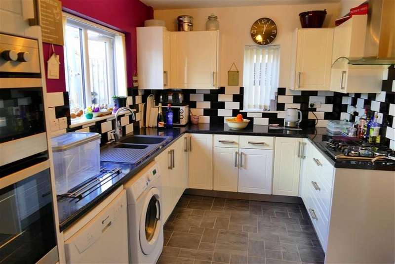 3 Bedrooms Semi Detached House for sale in North End, Calne