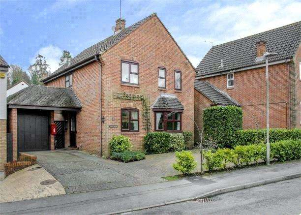 4 Bedrooms Detached House for sale in Popham Close, Forest Park, Bracknell, Berkshire, RG12