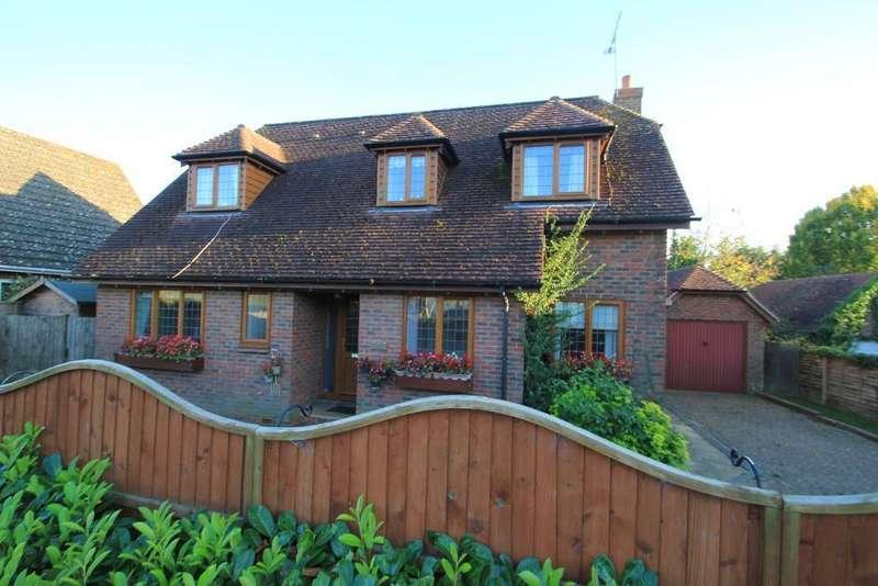 3 Bedrooms Detached House for sale in Swain Road, Tenterden, Kent, TN30 6PS