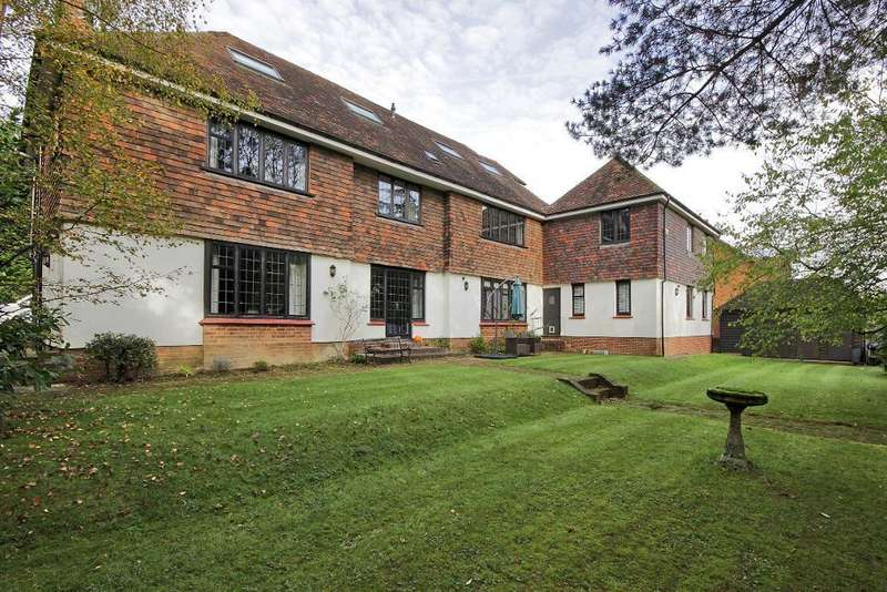 2 Bedrooms Flat for sale in Warwick Park, Tunbridge Wells, Kent, TN2 5EN
