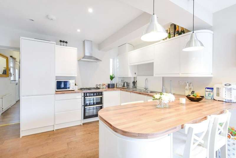2 Bedrooms Flat for sale in Beaumont Road, Chiswick