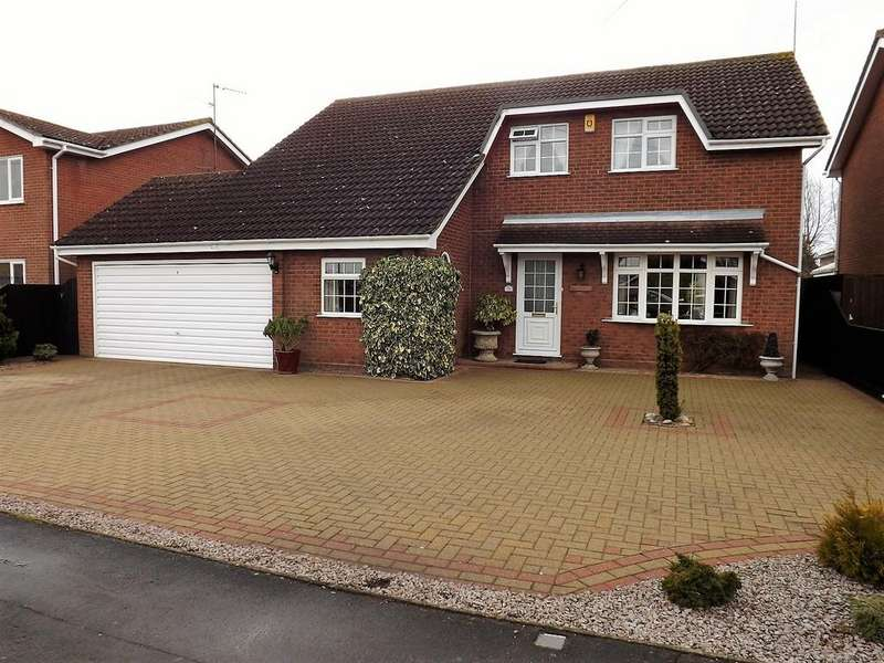 4 Bedrooms Detached House for sale in Bush Lane, Wisbech