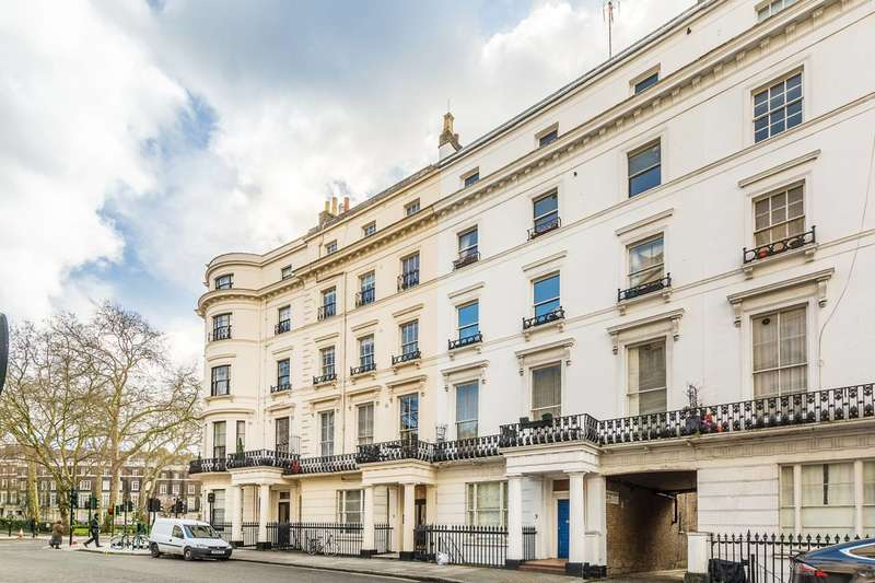 2 Bedrooms Flat for sale in Westbourne Crescent, Lancaster Gate, W2