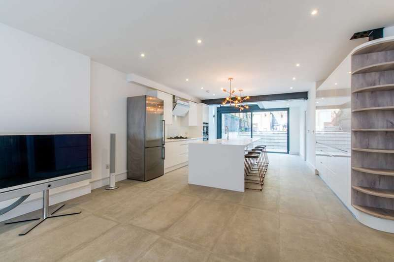 5 Bedrooms House for rent in Grafton Square, Clapham Old Town, SW4
