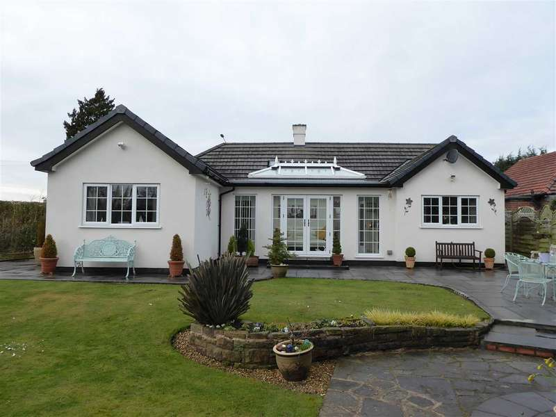 3 Bedrooms Bungalow for sale in Styal Road, Gatley, Cheshire