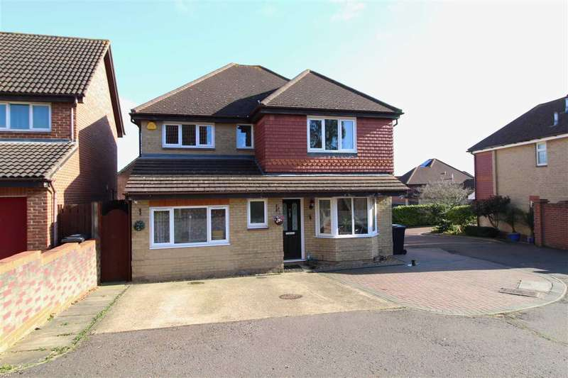 4 Bedrooms Detached House for sale in Peppercorn Close, Colchester