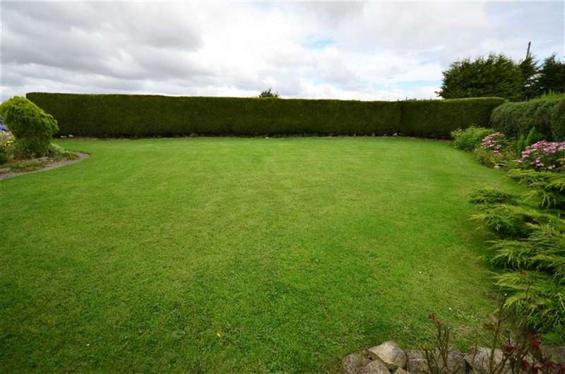 4 Bedrooms Property for sale in Main Road, Gilberdyke, Goole, HU15