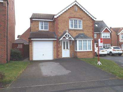 4 Bedrooms Detached House for sale in Apsley Way, Ingleby Barwick, Stockton-on-Tees, Durham