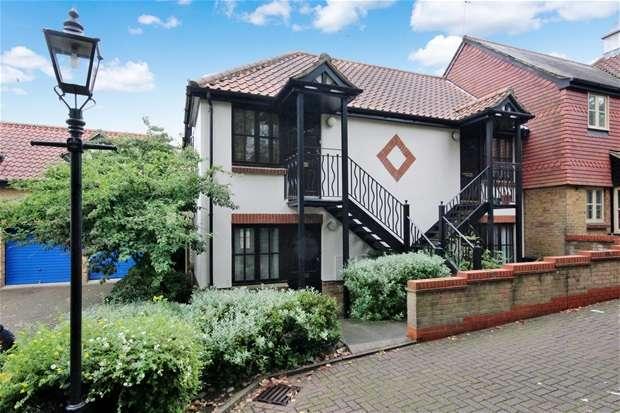 Studio Flat for sale in Cravells Road, Harpenden