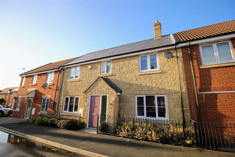 4 Bedrooms Terraced House for sale in Prospero Way, Swindon