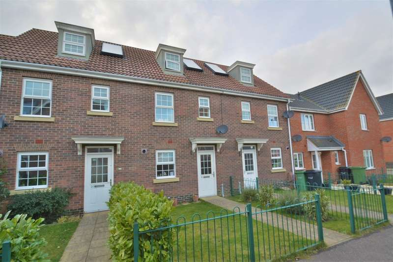 3 Bedrooms Town House for sale in Bullfinch Drive, Harleston