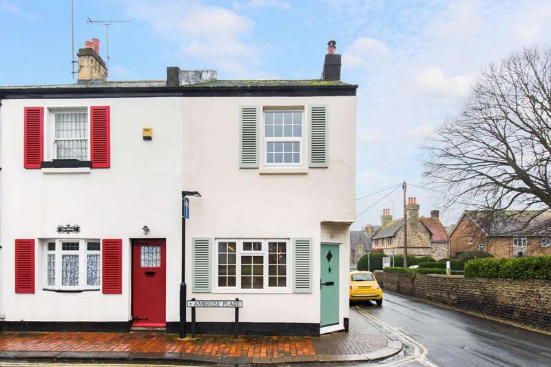 2 Bedrooms Cottage House for sale in Ambrose Place, Worthing, BN11 1PZ