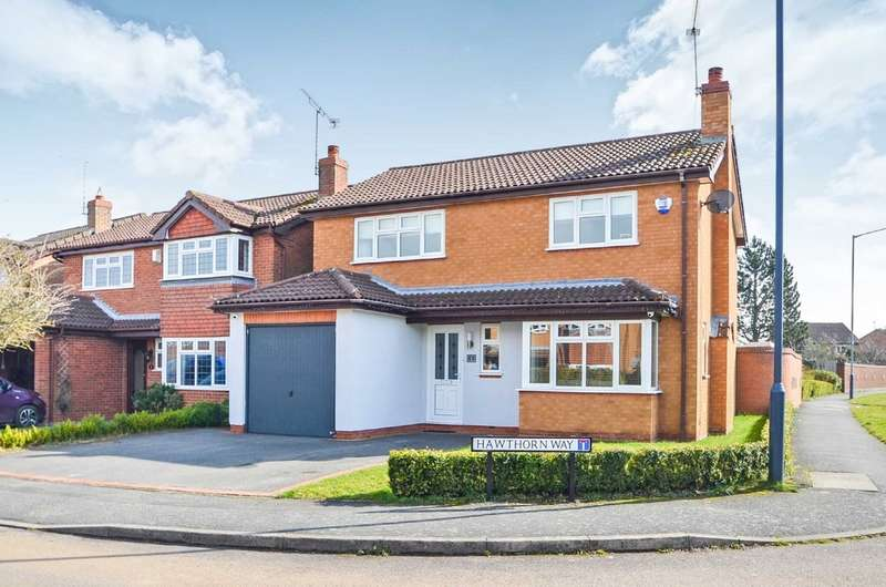 4 Bedrooms Detached House for sale in Hawthorn Way, Bilton, Rugby