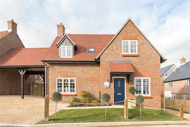 4 Bedrooms Detached House for sale in Saint's Hill, Saunderton, High Wycombe, Buckinghamshire, HP14