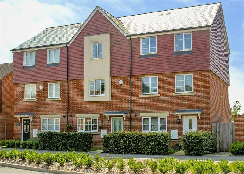 4 Bedrooms Terraced House for sale in Sparrowhawk Way, Bracknell, Berkshire, RG12