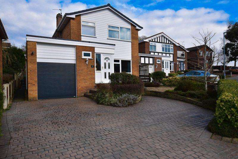 3 Bedrooms Detached House for sale in Daisybank Drive, Congleton