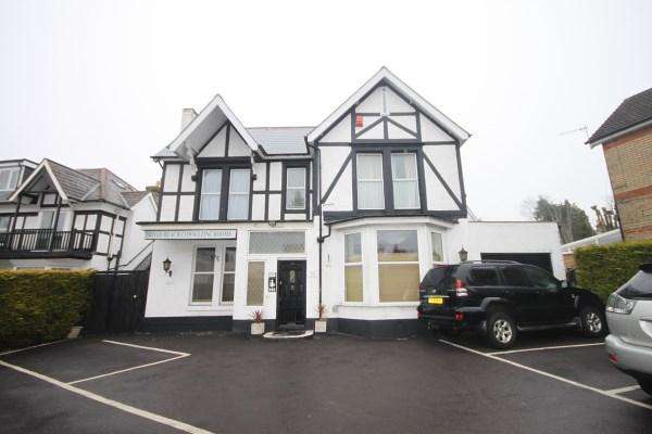 2 Bedrooms Detached House for sale in Alum Chine Road, Bournemouth