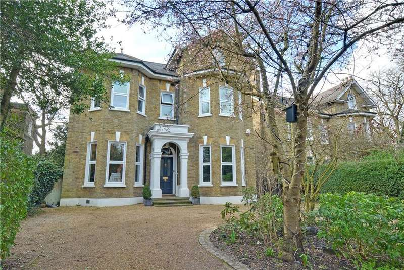 7 Bedrooms Detached House for sale in Court Road, London, SE9