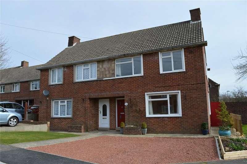3 Bedrooms Semi Detached House for sale in Pageants Close, Bridport, Dorset