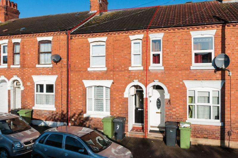3 Bedrooms Terraced House for rent in Compton Road, Wellingborough