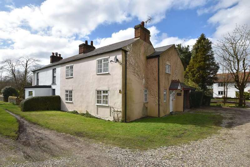 4 Bedrooms Semi Detached House for sale in Smiths Green, Takeley