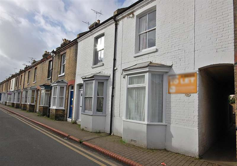 4 Bedrooms Terraced House for rent in St Peters Grove, Canterbury