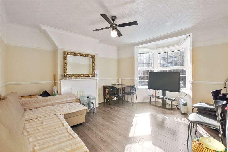 3 Bedrooms Flat for sale in Sebright House, Coate Street, London, E2
