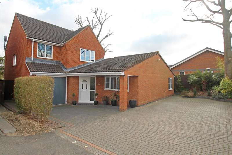 4 Bedrooms Detached House for sale in Sparrow House, Stevenage, Herts, SG2 9FB