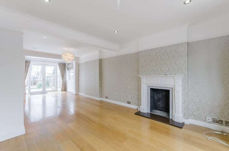 4 Bedrooms End Of Terrace House for rent in Monkleigh Road, Morden, SM4