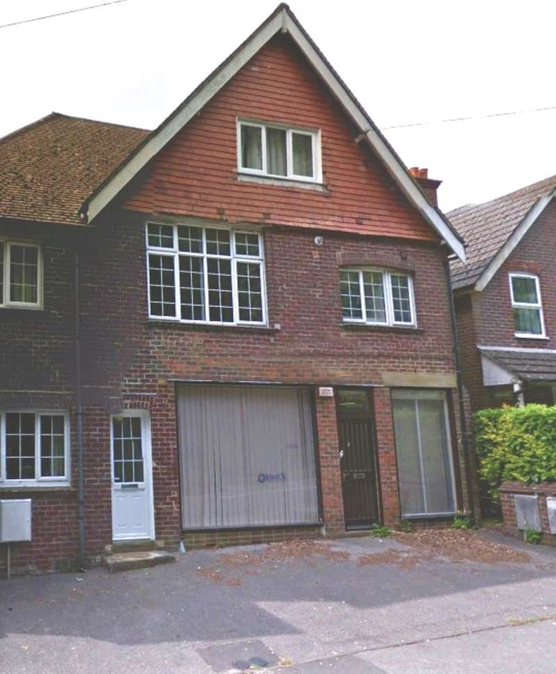 Semi Detached House for sale in Pinecroft House, Churt Road, Hindhead, Surrey, GU26 6PD