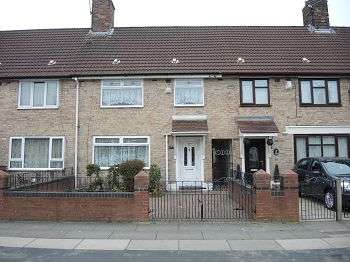 3 Bedrooms Terraced House for sale in Fairclough Road , Huyton, Liverpool